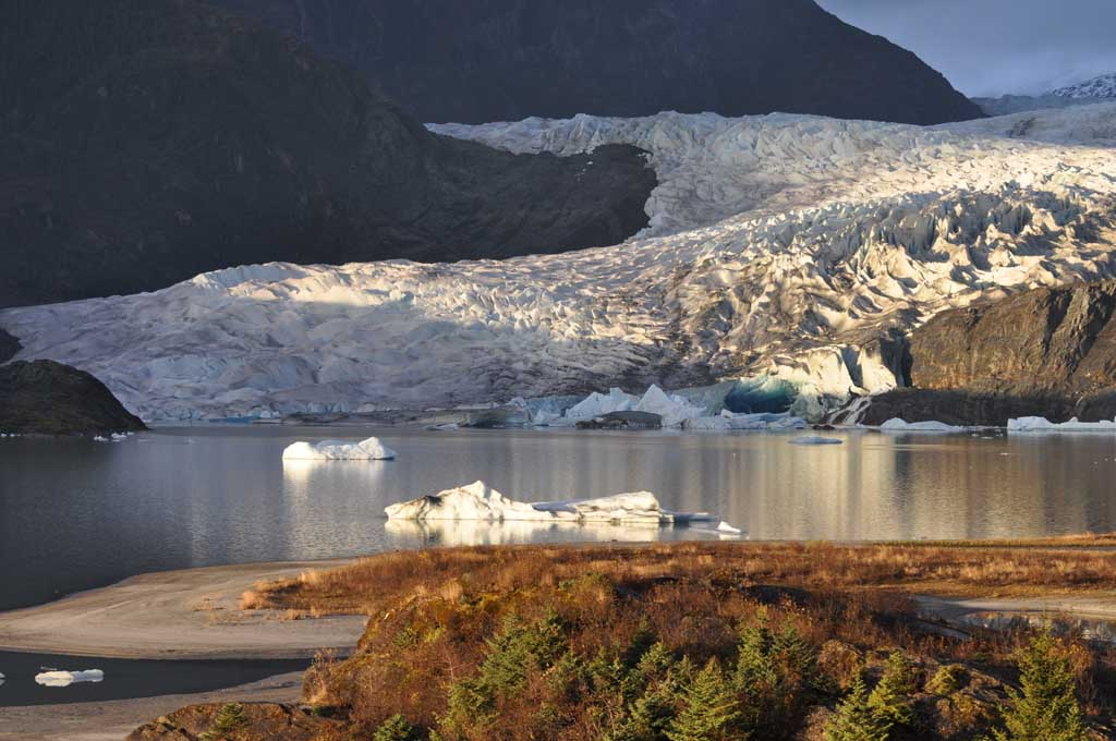 Mendenhall Glacier and ice burgs.